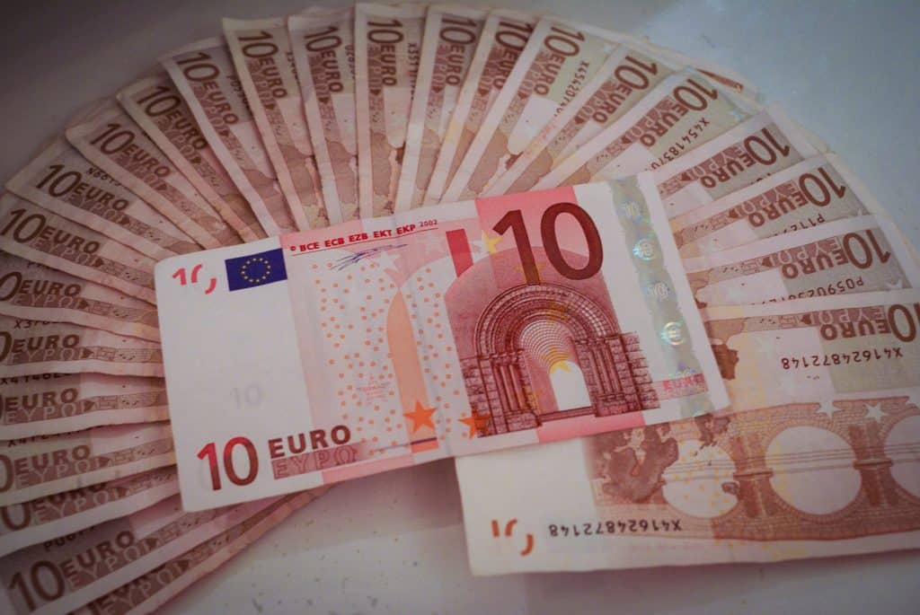 Puedes recuperar tu dinero con la reclamación de la tarjeta revolving Halcón Viajes