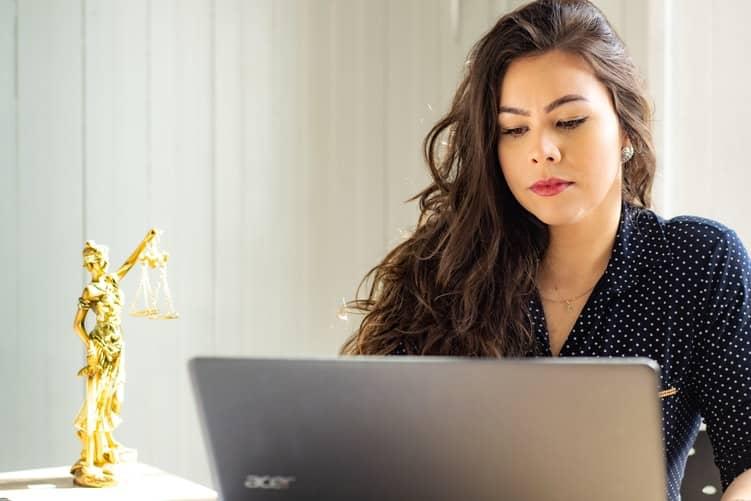 Cómo denunciar tu Microcrédito BBVA por Intereses Abusivos