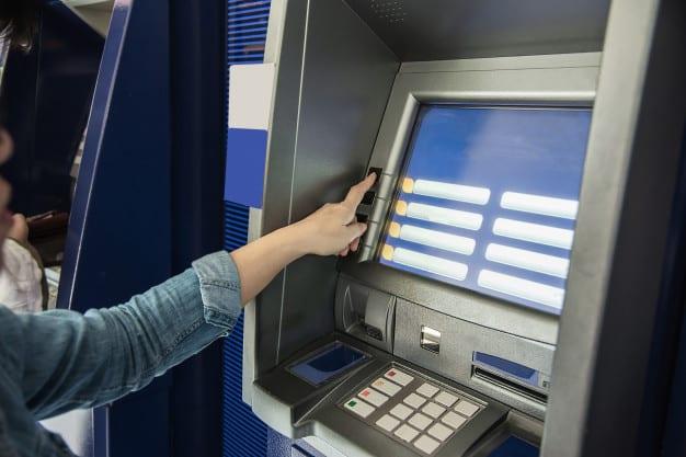 cómo te afecta la fusión caixabak-bankia si eres cliente