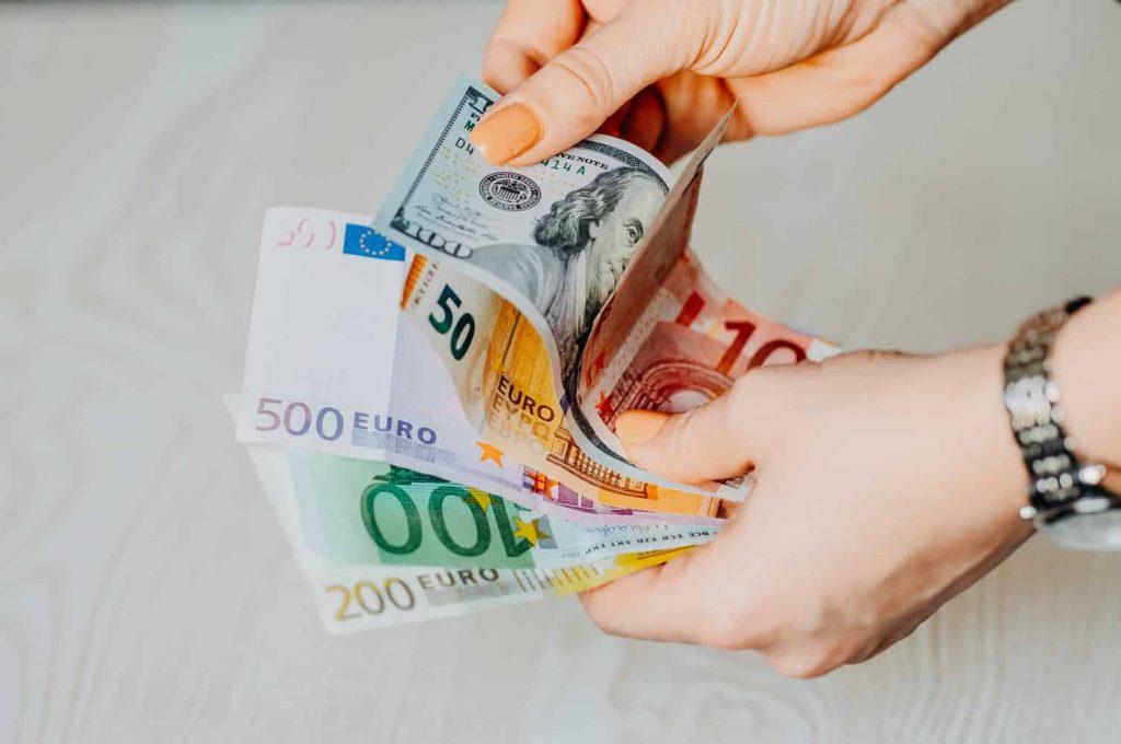 reclamar microcrédito a dineo