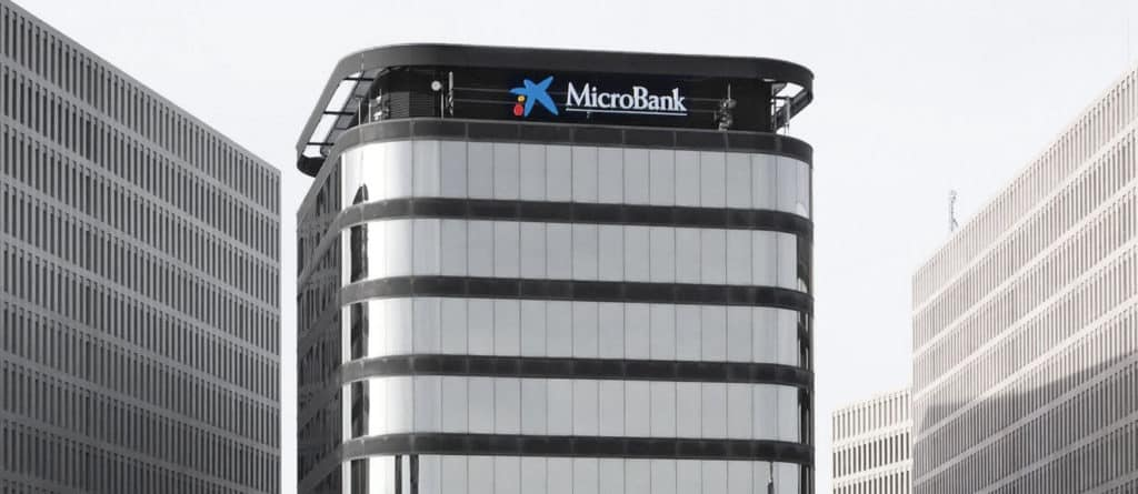 Microbank es un banco propiedad de Caixabank dedicado a las microfinanzas