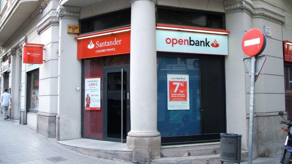 Openbank anunció el cobro de comisiones en febrero de 2021.