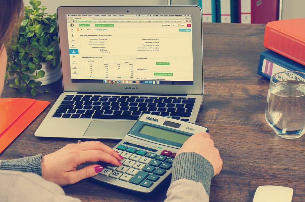 Antes de contratar un minipréstamo debes tener en cuenta unos aspectos.