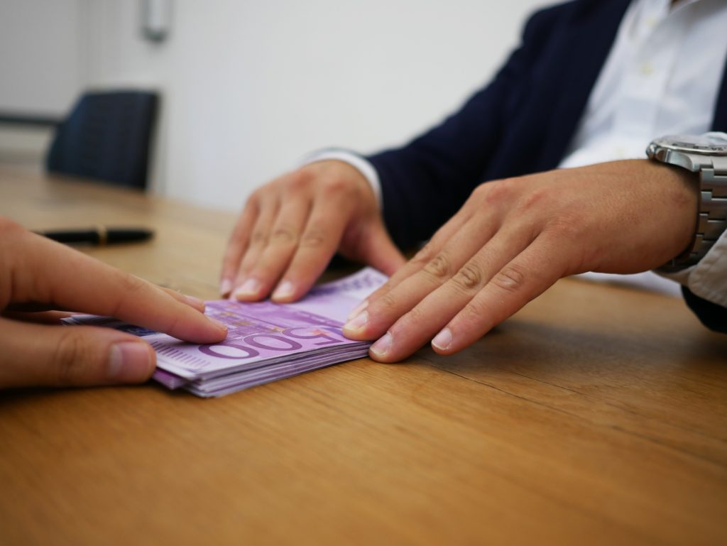 El Tribunal Superior declaró como usurarios los intereses de las tarjetas revolving.