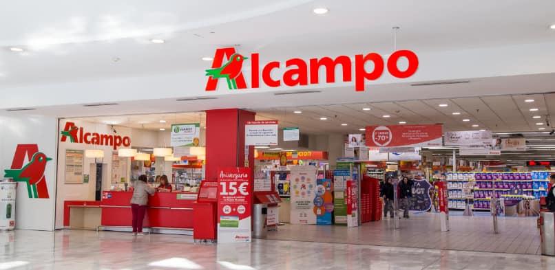 Puedes comprar en las tiendas Alcampo y aplazar los pagos.
