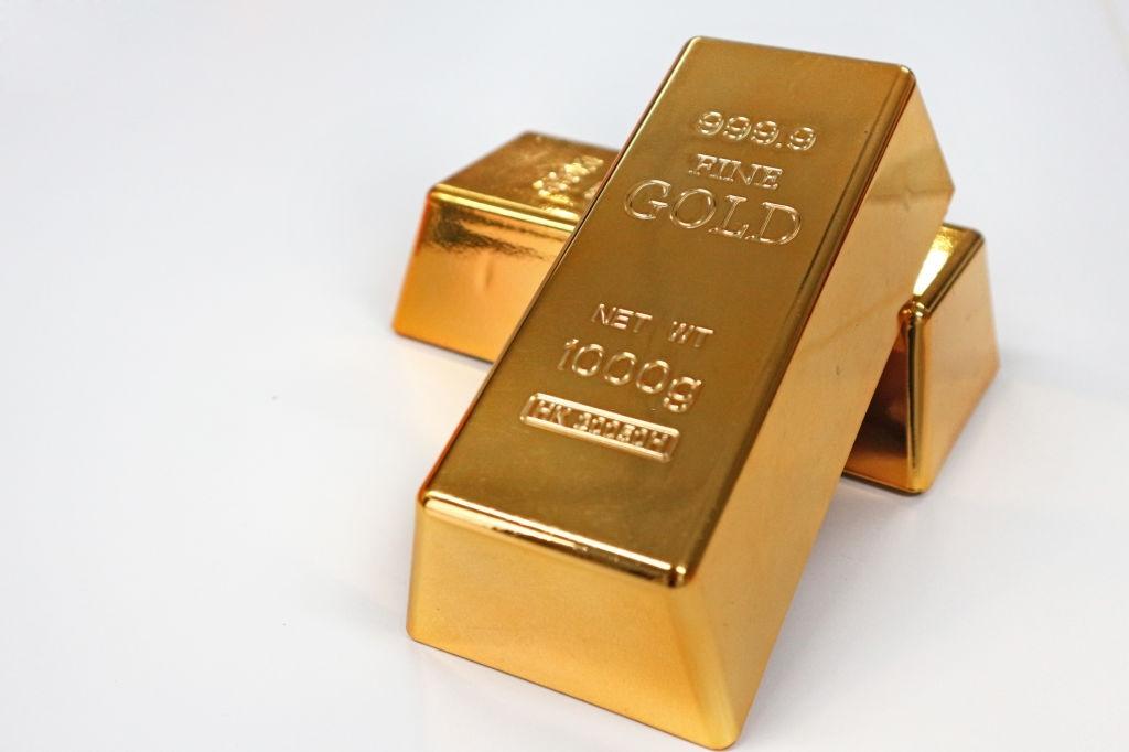 cuanto oro comprar