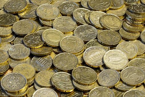¿Qué es la frugalidad? ¡Así puede ayudarte a ahorrar!