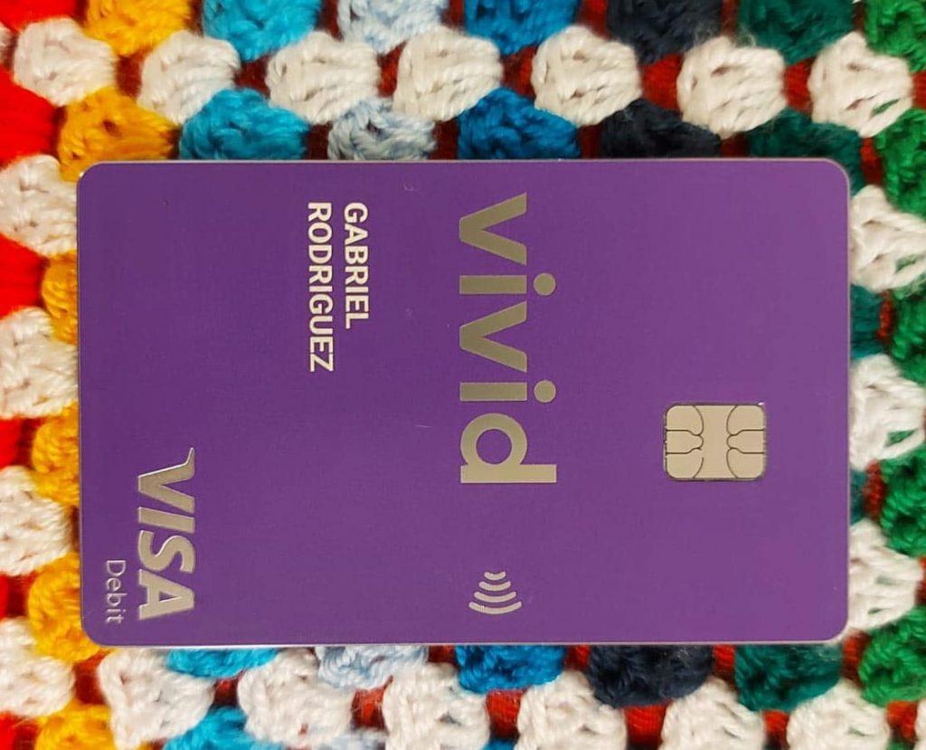Mi tarjeta metálica de Vivid, con CVV virtual